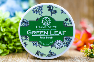 Utama Spice Green Leaf Face Srcub