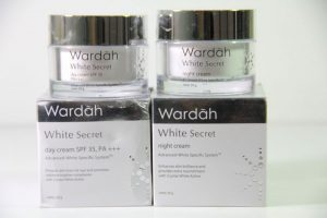 White Secret Day Cream dan Night Cream