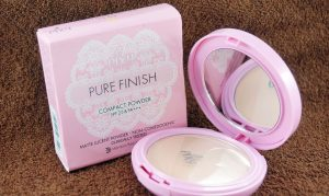 Pixy Compact Powder Pure Finish (Cream)