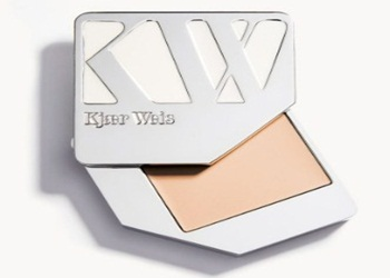 7 Warna Foundation yang Cocok untuk Kulit Putih