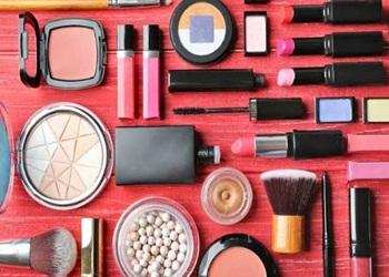 Cara-Make-Up-Natural-untuk-Wajah-Bulat